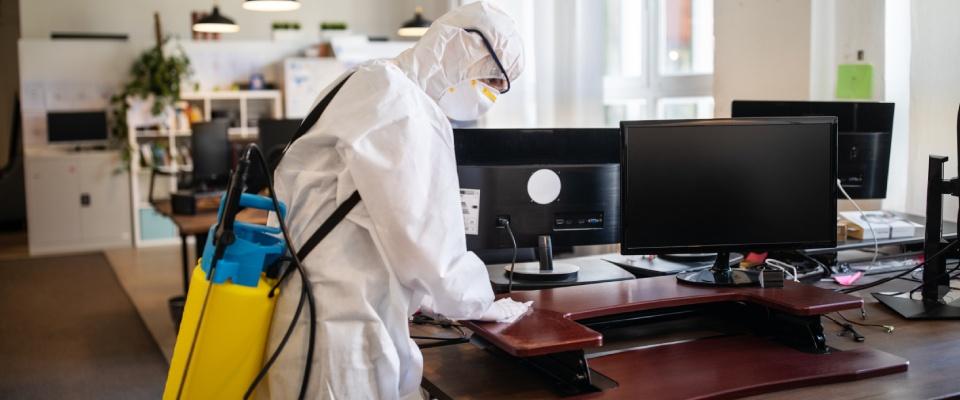 dezynfekcja sprzętu koputerowego